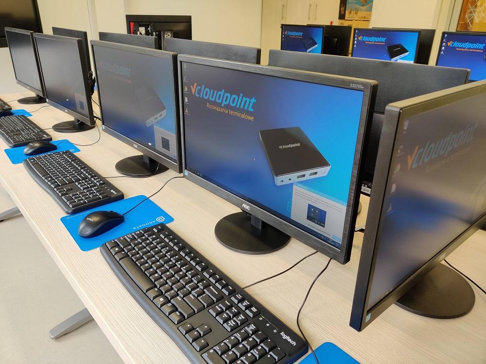 Pracownia terminalowa w liceum w Warszawie - terminale vCloudPoint