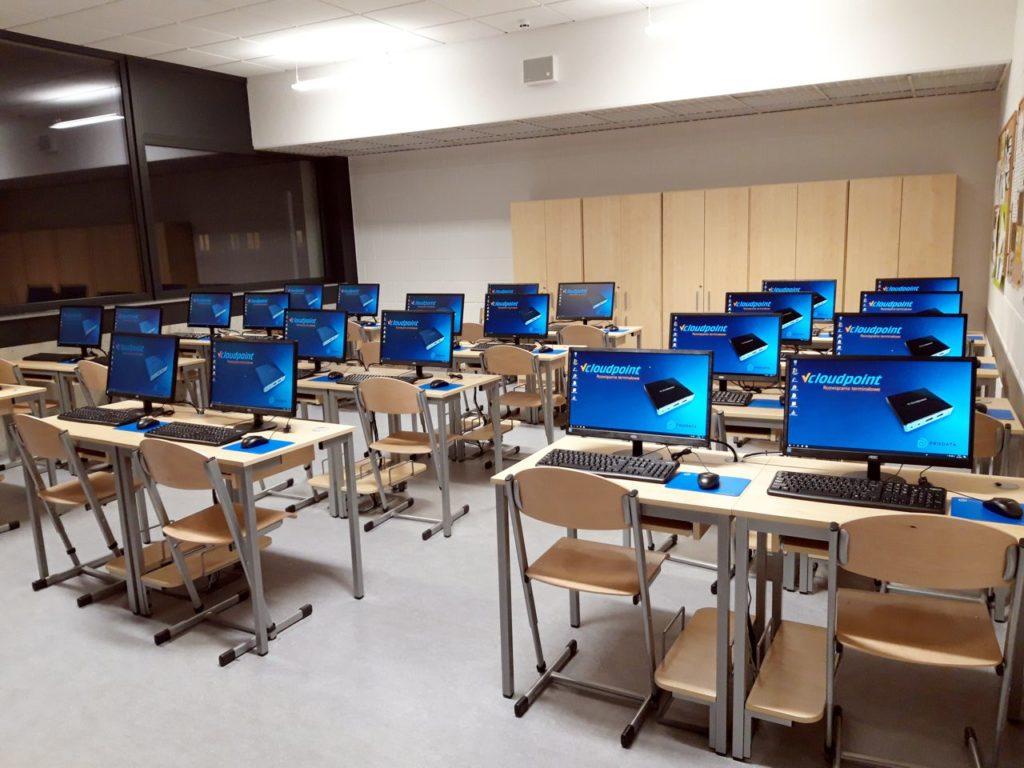 Pracownie terminalowe w szkole podstawowej w Markach