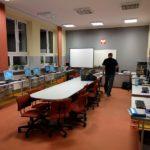 Szkolne laboratorium komputerowe - wirtualne stanowiska uczniowskie zbudowane na terminalach vCloudPoint