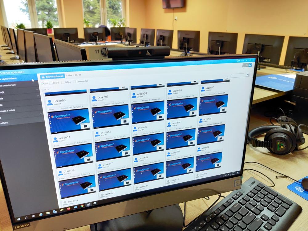 Pracownia terminalowe w szkole w Rzewniu - terminale V1 vCloudPoint