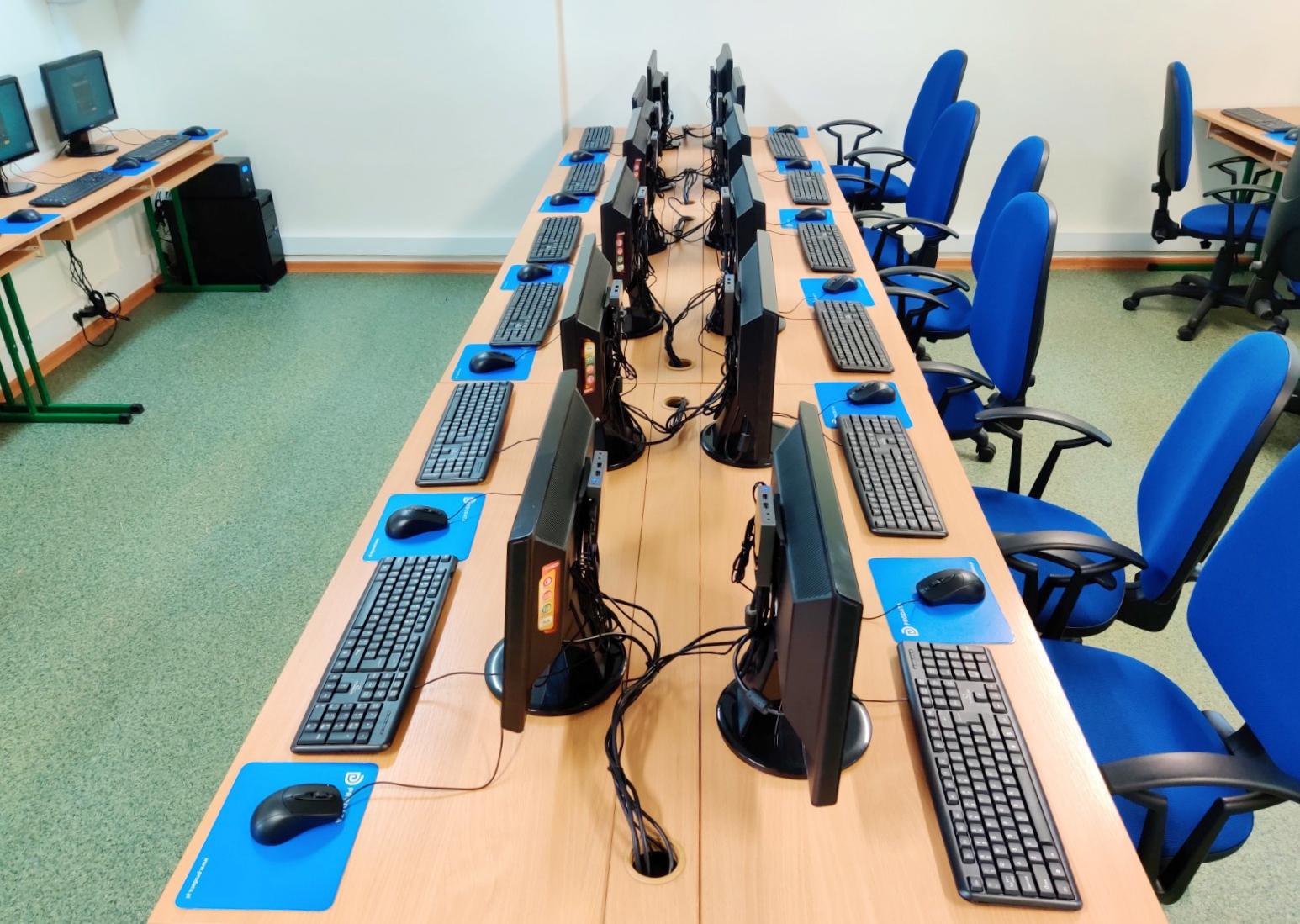 vCloudPoint - technologia terminalowa w Szkole Podstawowej w Gostyniu
