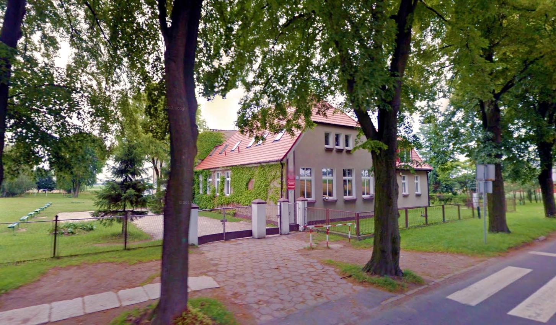Szkoła Podstawowa w Lenartowicach - pracownia terminalowa