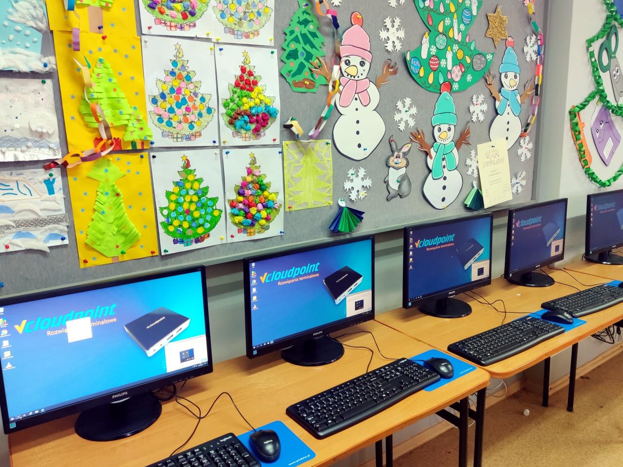 Pracownia terminalowa - komputerowe stanowiska terminalowe w Szkole Podstawowej w Lenartowicach