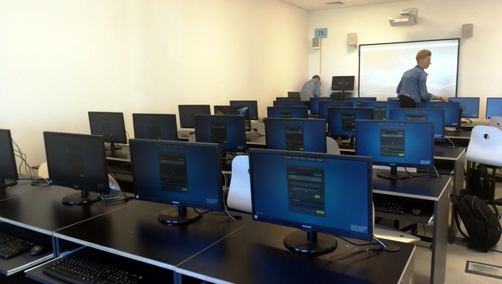 Pracownia terminalowa - terminale vCLoudPoint - szkoła podstawowa w Niepołomicach