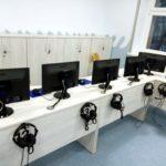 Nowoczesna sala lekcyjna – pracowania komputerowa przykład SP nr 70