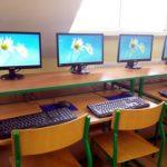 Terminale vCloudPoint w szkolnej pracowni terminalowej. Wirtualizacja komputerów