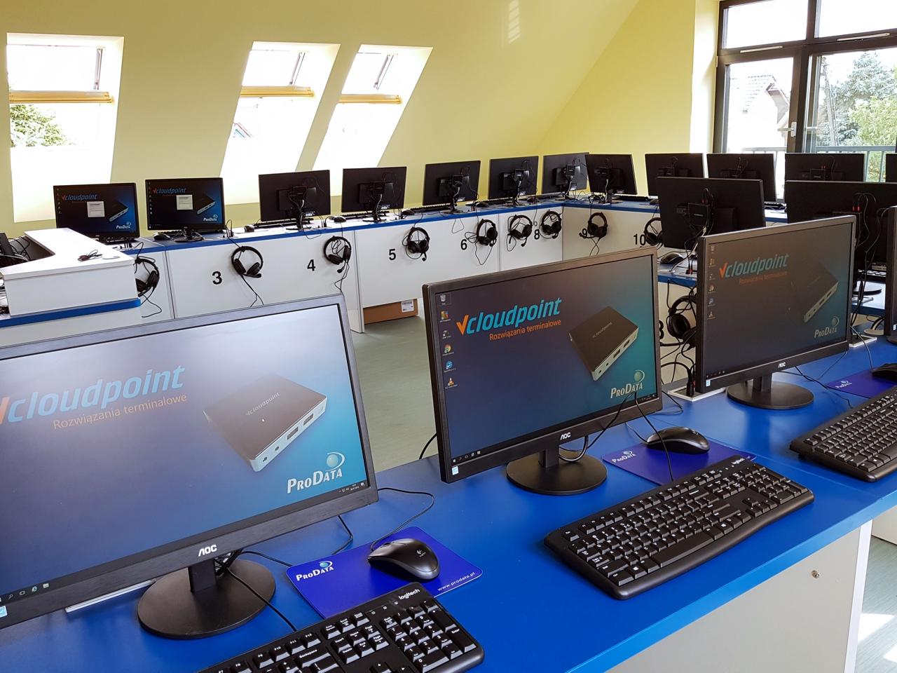 Nowa pracownia informatyczna w szkole podstawowej w Biskupicach - terminale vCloudPoint