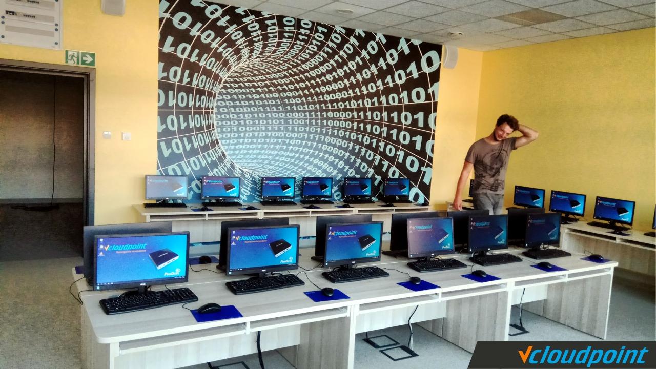 Terminale vCloudPoint w szkole