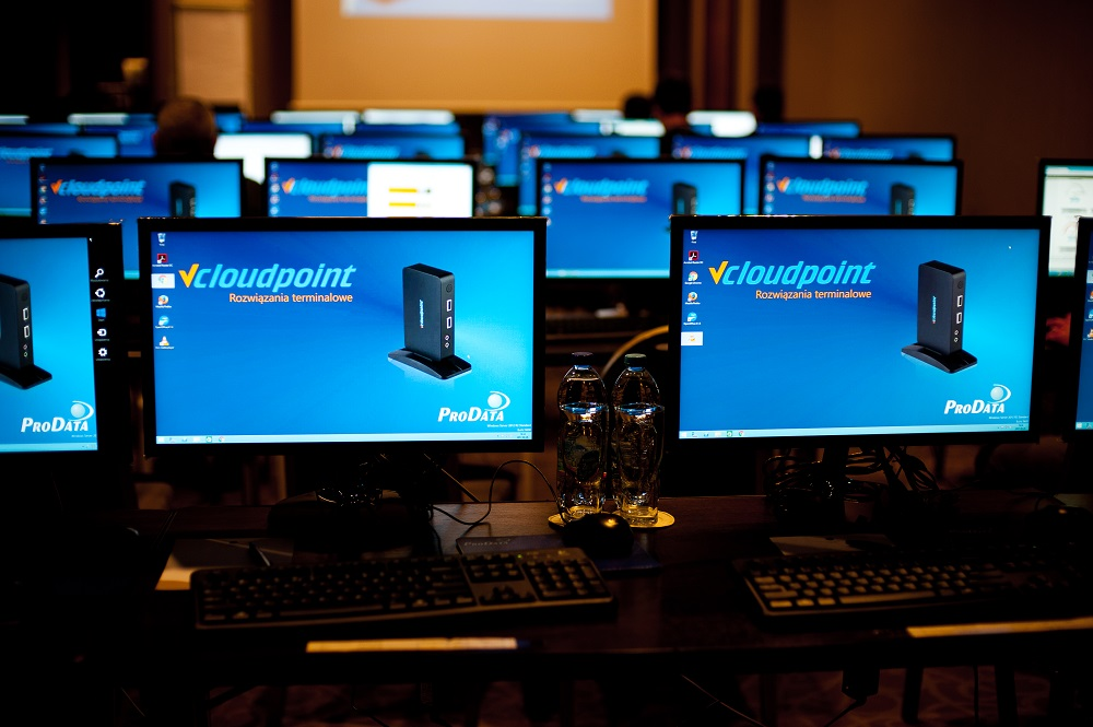 Sala konferencyjna wykorzystująca terminal vCloudpoint
