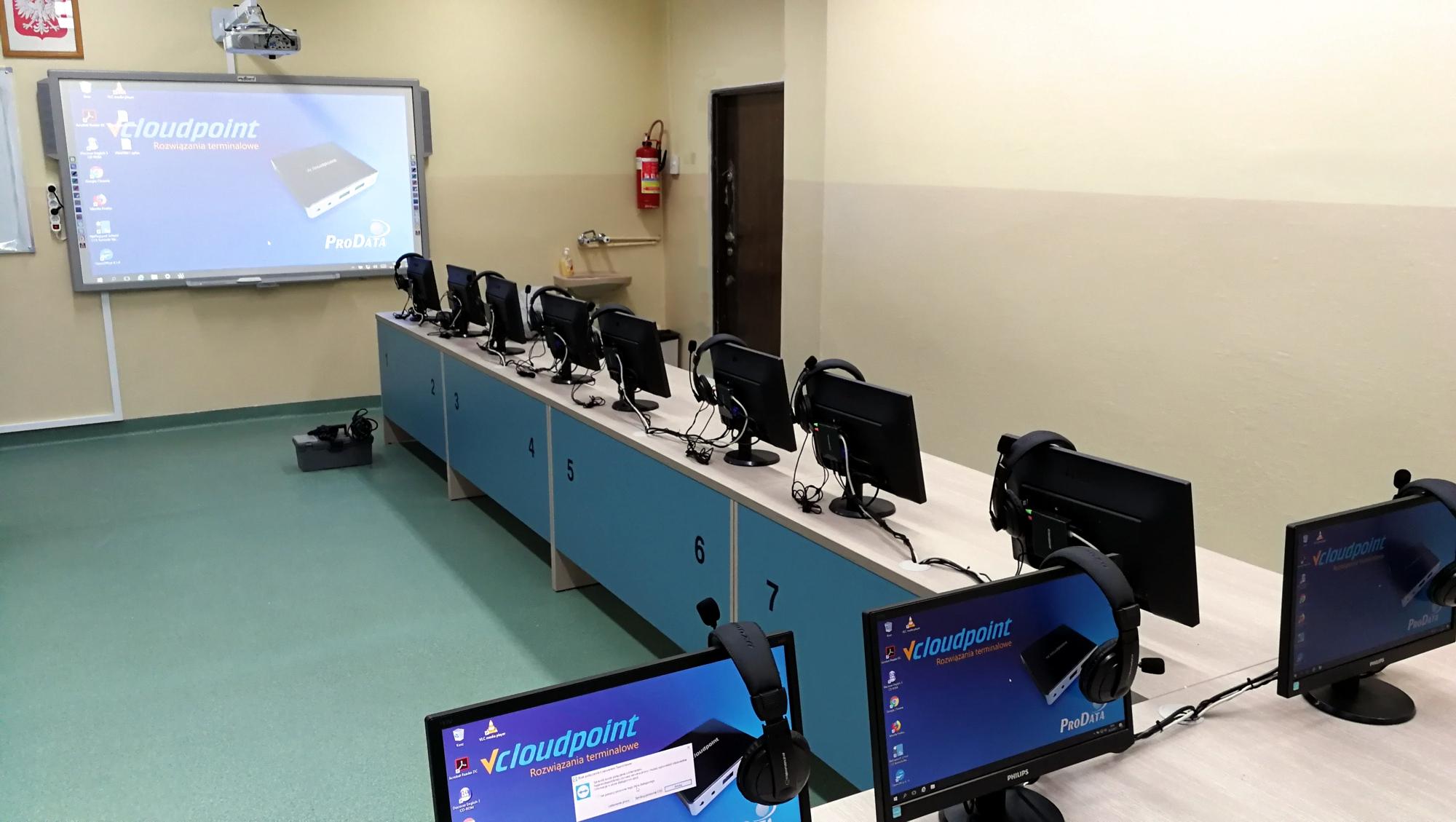 Szkolna pracownia komputerowa - terminale V1 vCloudPoint